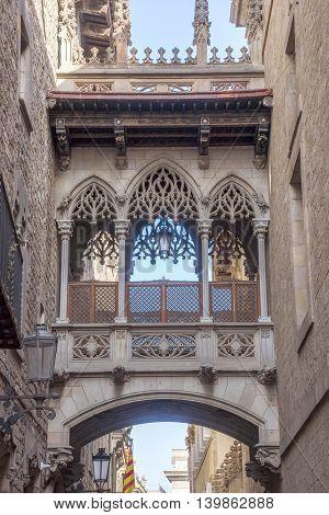 Gothic bridge at Carrer del Bisbe (Bishop Street) Barcelona Spain