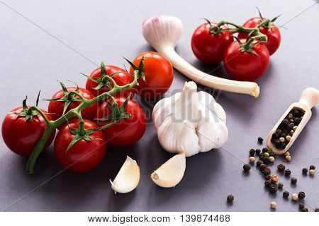 Garlic, Tomatoes And Spices