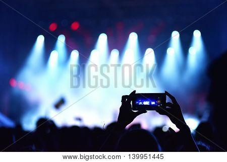 Crowd Recording Live Concert With Smart Phones