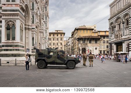 Army vehicle in front of the Duomo in Florence July 2016
