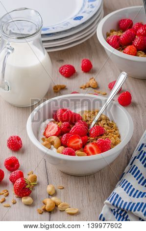 Baked Granola With Nuts