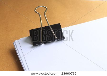 Paper note  clipping