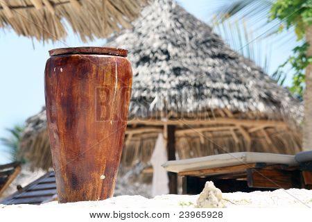 Zanzibar, Nungwi: Pot On The Beach