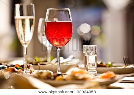 Glasses set with drinks in restaurant