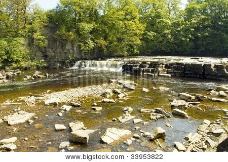 Richmond Waterfall On The Swale,north Yorkshire