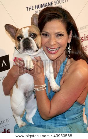 LOS ANGELES - MAR 23:  Constance Marie, Beatrice arrives at the 2013 Genesis Awards Benefit Gala at the Beverly Hilton Hotel on March 23, 2013 in Beverly Hills, CA
