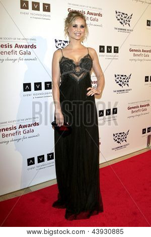LOS ANGELES - MAR 23:  Fiona Gubelmann arrives at the 2013 Genesis Awards Benefit Gala at the Beverly Hilton Hotel on March 23, 2013 in Beverly Hills, CA