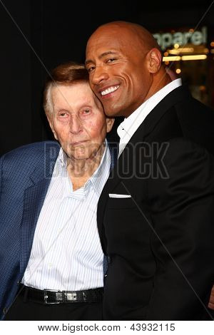 LOS ANGELES - MAR 28:  Sumner Redstone, Dwayne Johnson arrives at the