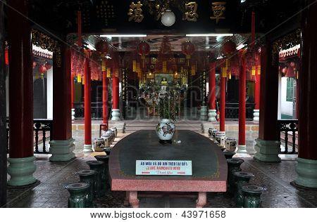 Chinese Assembly Buddhist pagoda, Hoi An, Vietnam