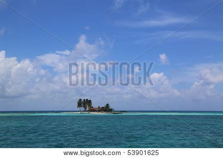 Goff's Caye in Belize