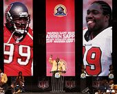 CANTON, OH-AUG 3: Former Tampa Bay Buccaneers defensive tackle Warren Sapp gives his speech during t