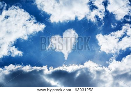 Cloud heart in the sky