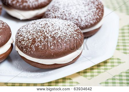 Whoopie Pie Chocolate Cakes
