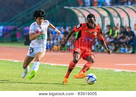 Sisaket Thailand-february 18: Adefolarin Durosinmi (orange) Of Sisaket Fc. In Action During Thai Pre