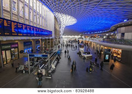 London Kings Cross Station With Commuters