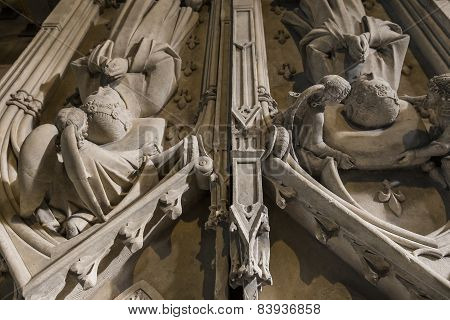 Louis de france and queen margeurite d'artois  in basilica of saint-denis