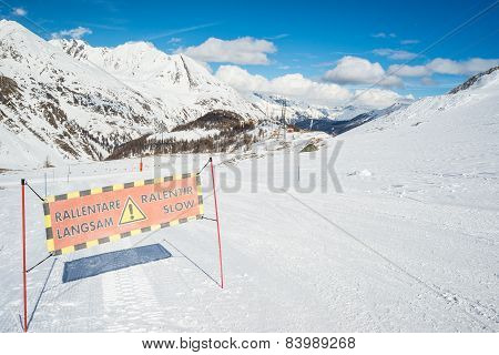 Slow Skiing Warning Sign