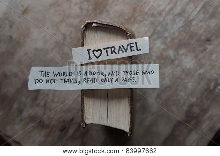 Text I Love Travel