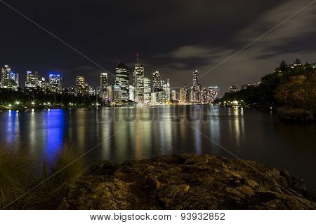 Brisbane City nightscape from Kangaroo Point rocks