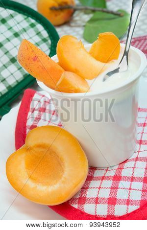 Yogurt With Apricots