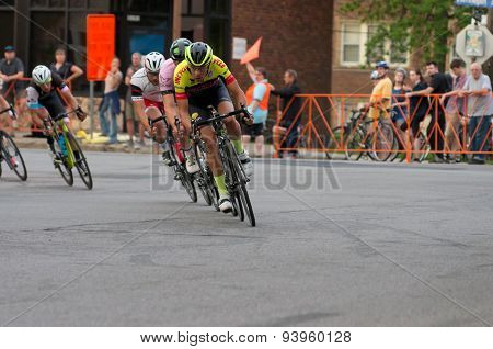 Cyclists Lead Pack At Uptown Criterium