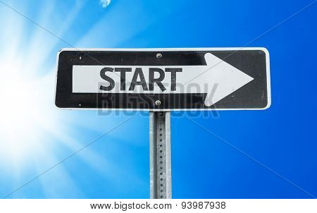 Start direction sign with a beautiful day