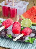 pic of popsicle  - Homemade popsicles with watermelon and lime - JPG