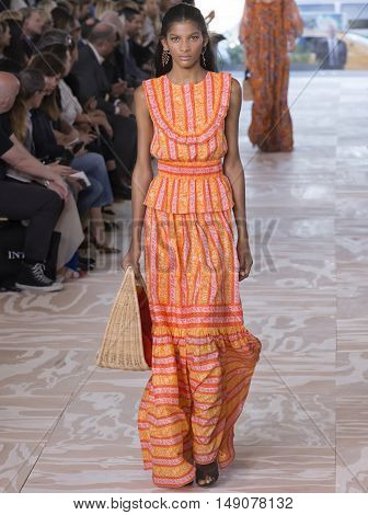 Tory Burch - Spring 2017 Collection