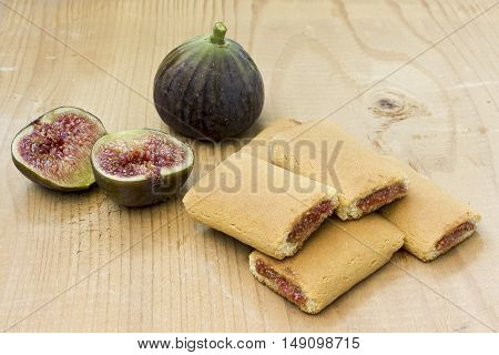 Fig dessert cookies on a wooden background
