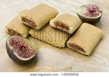 Fig roll biscuit biscuits pastry with figs fill