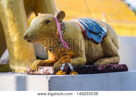 rat satatue thai in temple , art