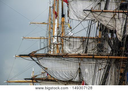 Wooden masts of the different european ships