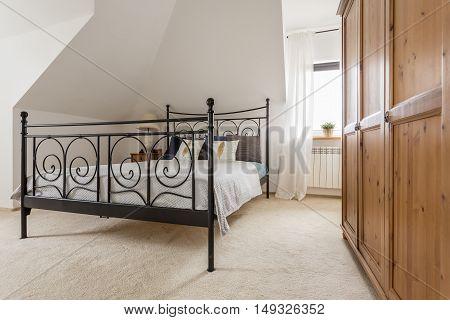 Beautiful Light Attic Bedroom Idea