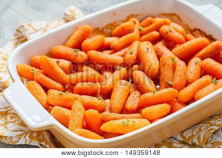 Honey Glazed Baby Carrots With Thyme and Nuts