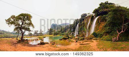 Ban Gioc waterfall in Trung Khanh, Cao Bang