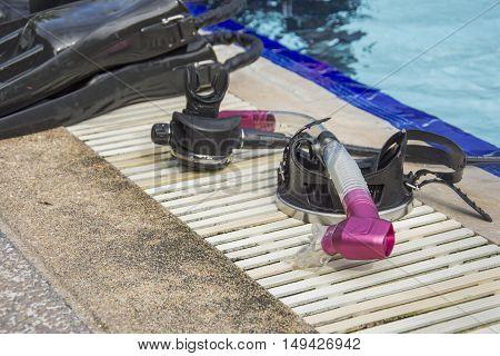 mask and  snorkel selective focus pink snorkel