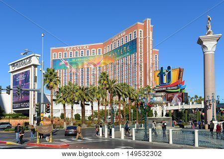 LAS VEGAS - DEC 24: Treasure Island is a luxury resort and casino on Las Vegas Strip on Dec 24, 2015 in Las Vegas, Nevada, USA. The hotel has Caribbean Pirates theme.