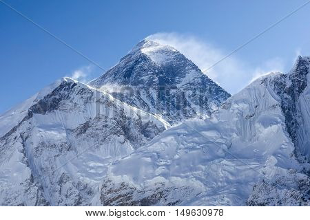 Everest Mountain Peak In The Early Morning (sagarmatha, Chomolungma) - The Top Of The World (8848 M)