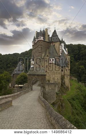 Eltz Castle, Muenstermaifeld, Mayen Koblenz, Rhineland-Palatinate, Germany.
