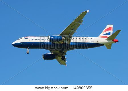 SAINT PETERSBURG, RUSSIA - AUGUST 24, 2016: The aircraft British Airways Airbus A320-232 (G-EUUJ) before landing in Pulkovo airport