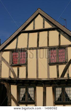 Tudor House (1387)