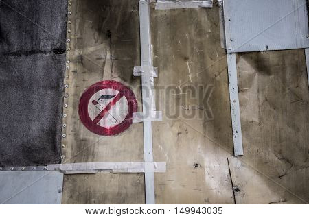 no smoking sign in a work area