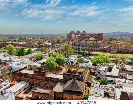 Aerial view of Orchha village and Orchha palace, Orchha, Madhya Pradesh, India