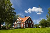 picture of villa  - This is house in Sweden on the lakeside - JPG
