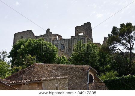 Lacoste Castle