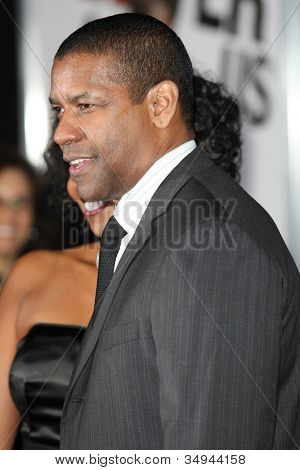 HOLLYWOOD - JAN 11:  Denzel Washington attends The Book of Eli premiere on January 11 2010 at Grauman's Chinese Theater in Hollywood, California.