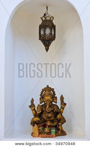 Oro dios hindú Ganesh