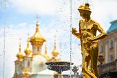 Постер, плакат: Гранд каскад фонтанов в Петергофе дворец Санкт Петербург Россия