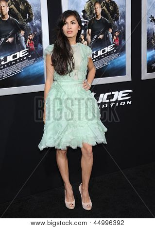 LOS ANGELES - MAR 28:  Eldie Yung arrives to the