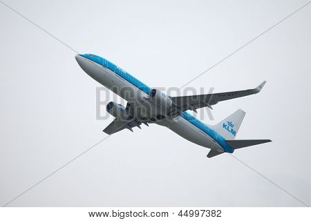 BUDAPEST, HUNGARY - MAY 5: KLM Boeing 737-800 taking off from Budapest Liszt Ferenc Airport, May 5th 2012. KLM is The Netherland's national flag carrier airline.
